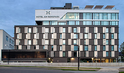 differently 5caa8 1dffb Hotels   Overnight accommodation at OUTLETCITY METZINGEN