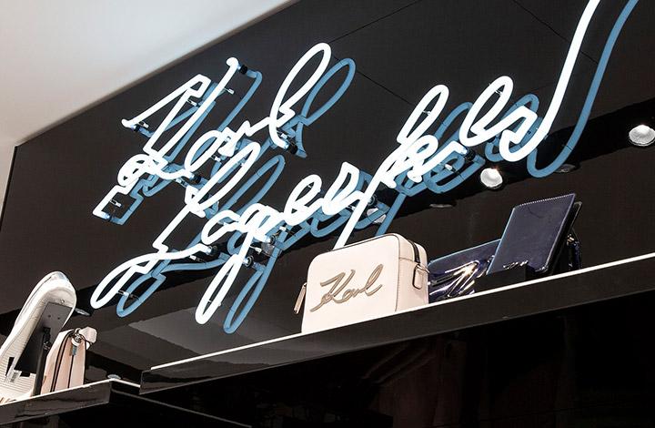 Karl Lagerfeld Outlet Schriftzug