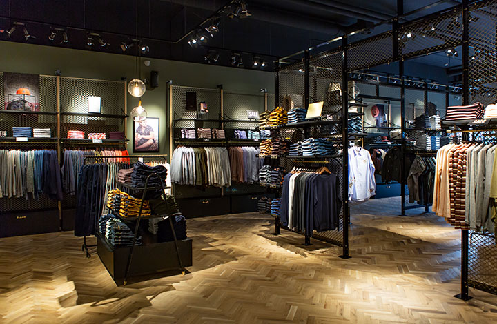 Scotch & Soda Outlet Store 02