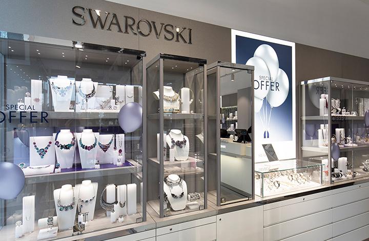 Swarovski Outlet Store 01
