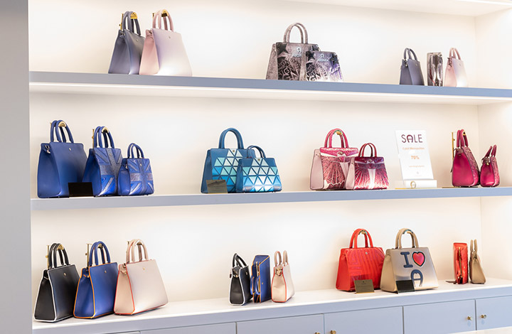 Aigner Outlet Store 03