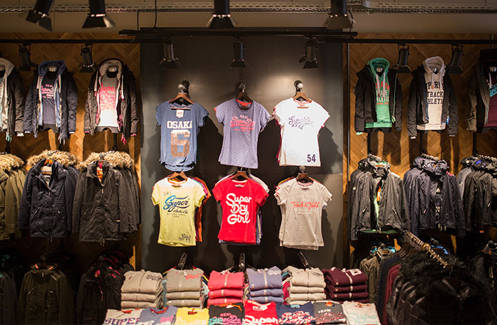 Superdry Outlet Store 01