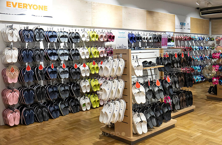 Crocs Outlet Store 01