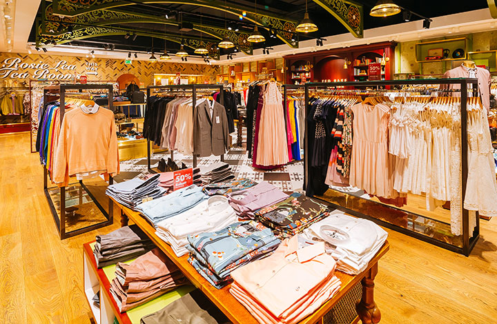 Ted Baker Outlet Store 04